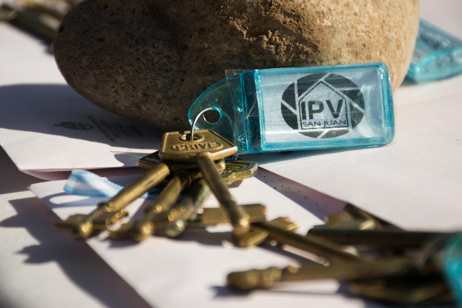 Resultado de imagen para fotos de oficina movil del ipv en san juan