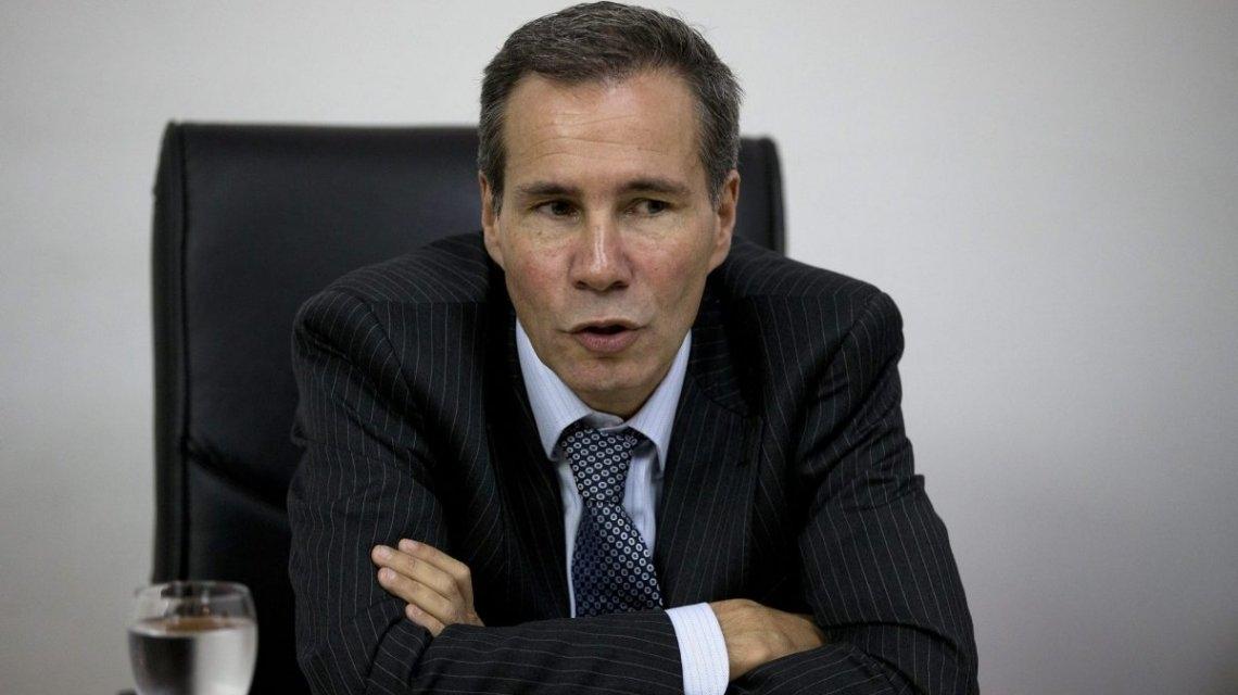 Uno de los custodios de Nisman ratificó que el fiscal le había pedido un arma