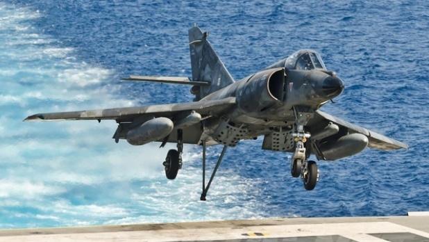 Argentina adquirió 5 aviones de guerra de Francia