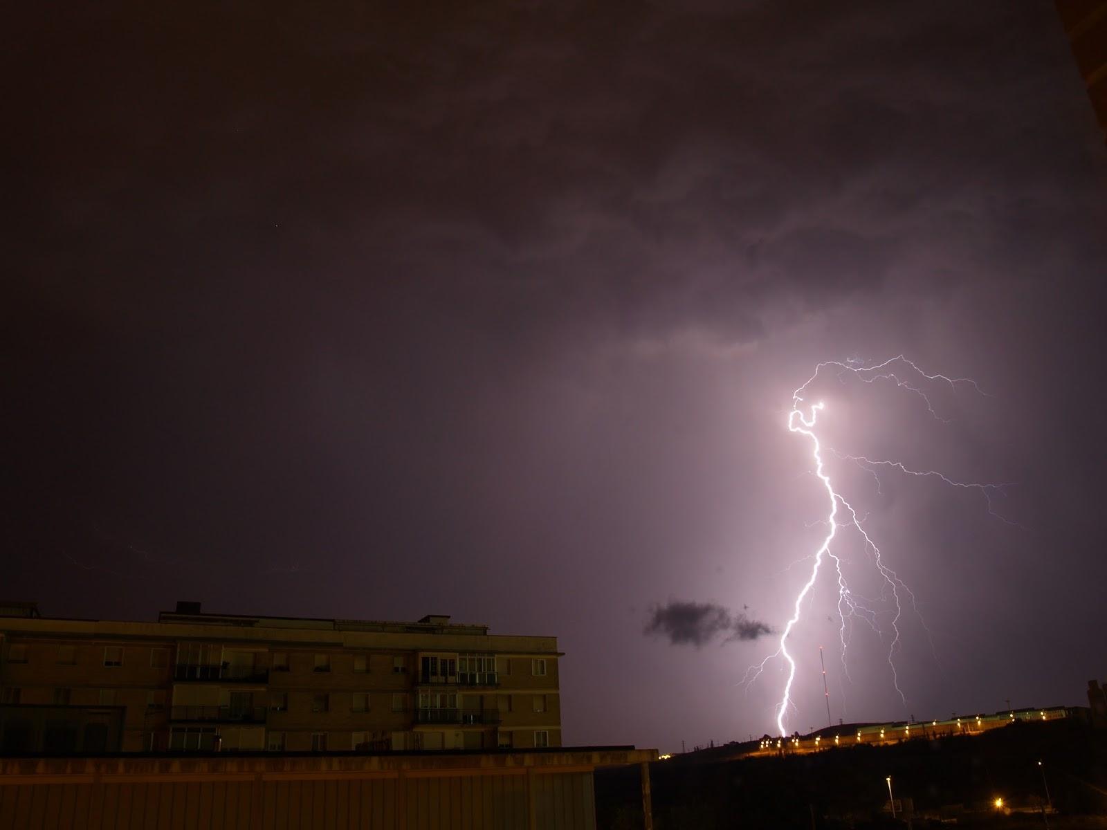 Alerta meteorológica por tormentas y posible caída de granizo