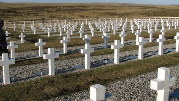 Gobierno agradeció a la Cruz Roja identificación de soldados argentinos