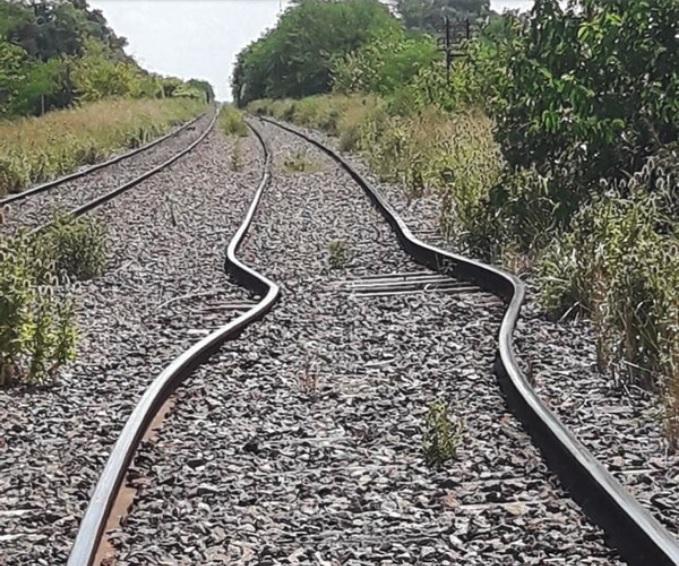 """Se dilataron las vías del tren Sarmiento por el intenso calor"""""""
