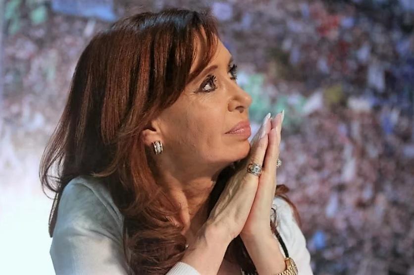 Ibarra contó detalles de la exclusión de familiares de ministros