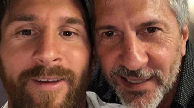 Messi´s father hints that Catalan independence clause exists in Barca deal
