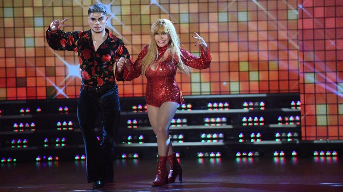 90 años y baila al ritmo de Daddy Yankee