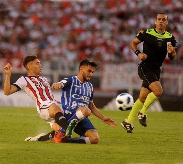 Gallardo probó a un equipo con varios cambios pensando en Vélez