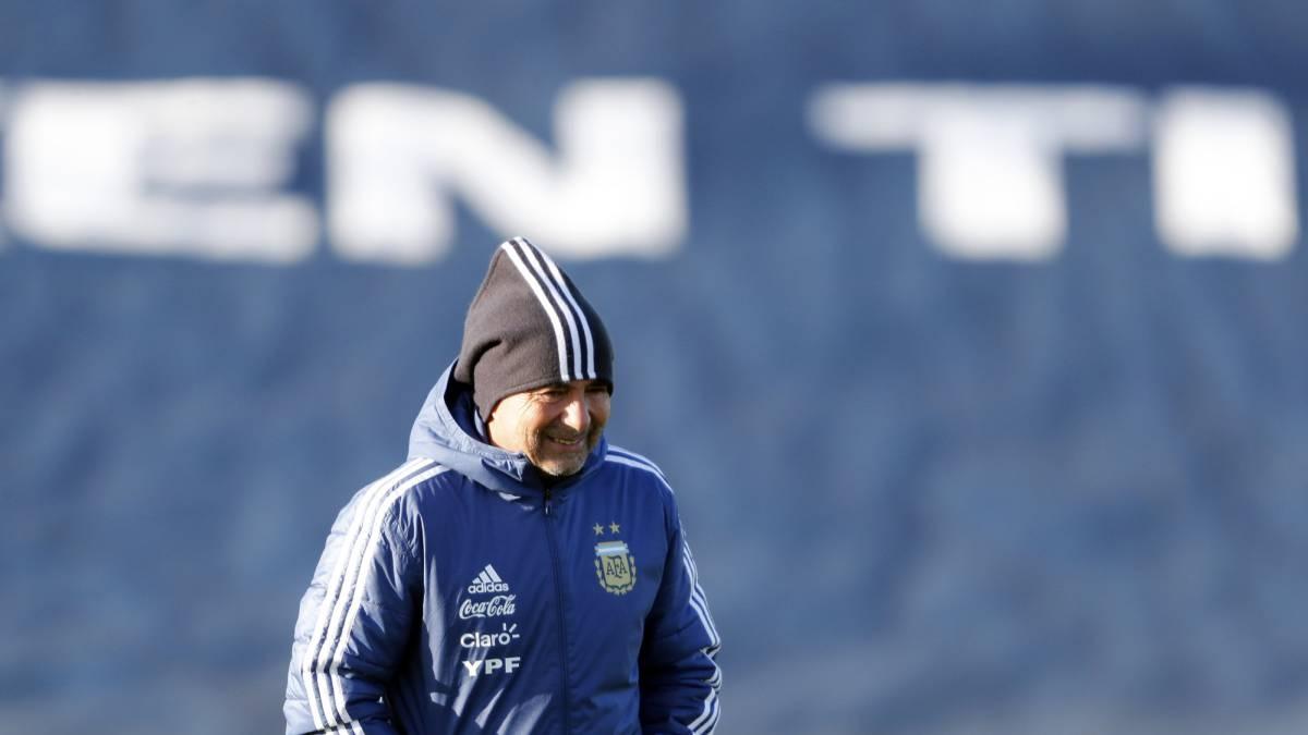 Messi se incorpora a la selección argentina para duelos amistosos
