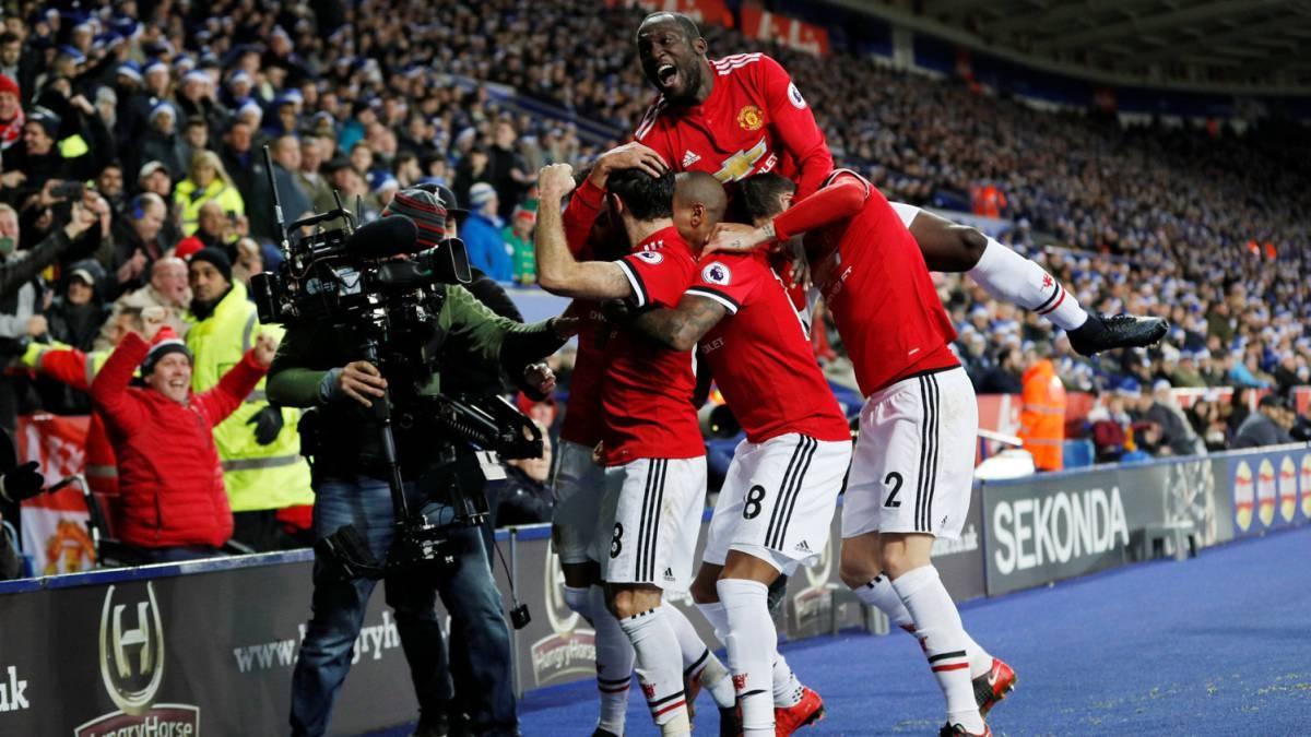 Alexis Sánchez vuelve al gol en victoria del Manchester United