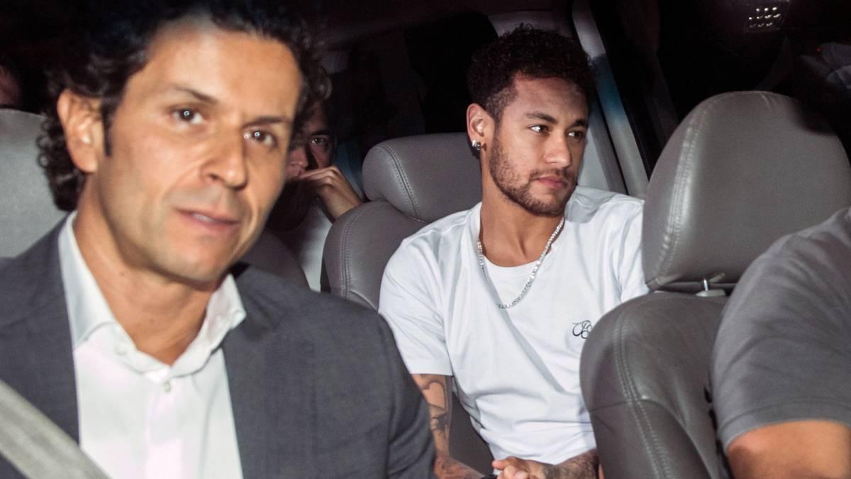Operación de futbolista brasileño Neymar fue un éxito