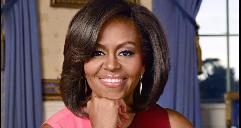 Michelle Obama se reúne con niña de 2 años cautivada por retrato