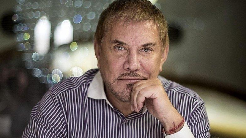 Arnaldo André fue internado de urgencia en Argentina