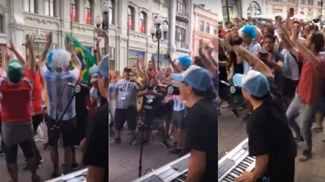 Pablo Lescano y un recital improvisado en una peatonal de Moscú