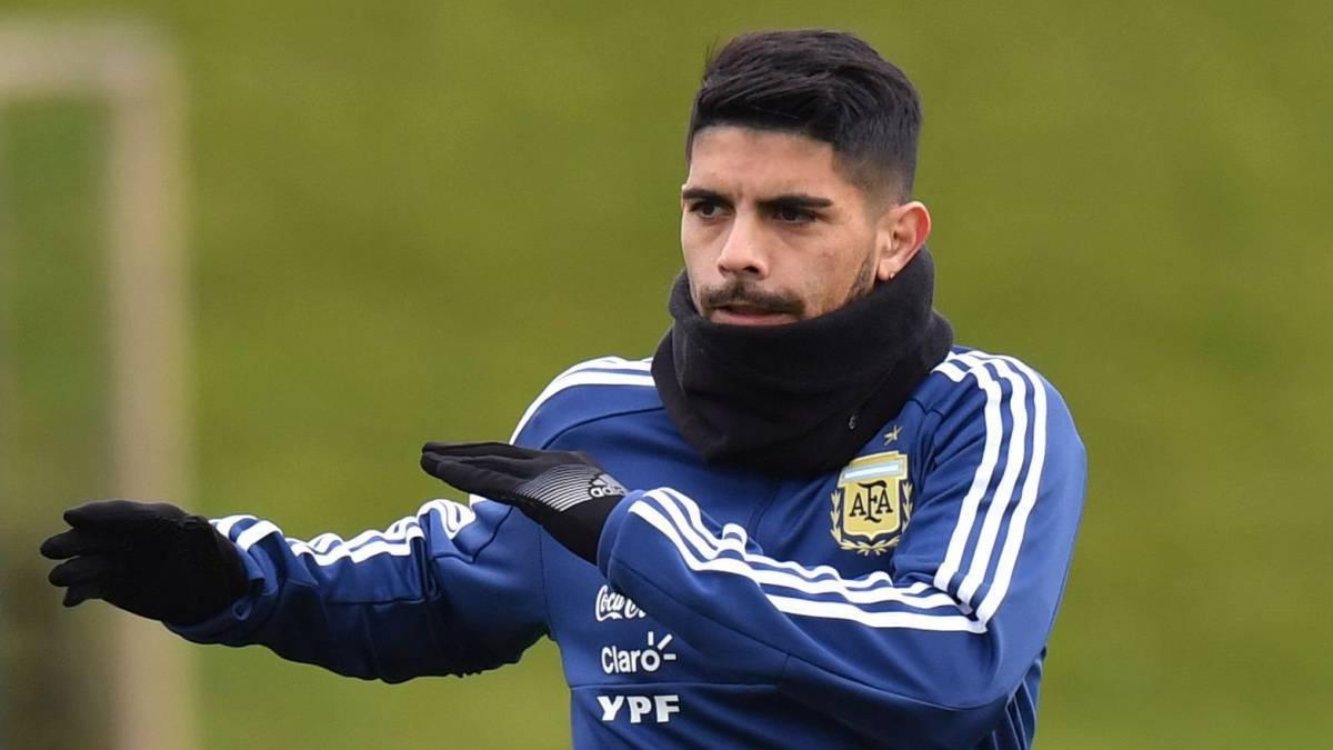 Éver Banega, lesionado con Argentina
