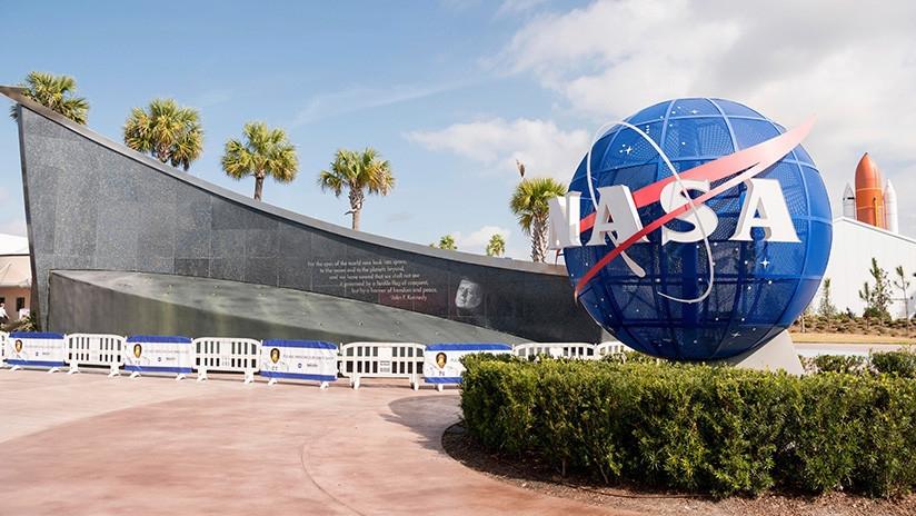 Consigue un trabajo en la NASA y lo pierde por un tuit