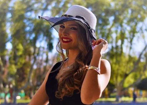 Melani: la embajadora de Santa Lucía que vende rosquitos desde los 15 años con mucho orgullo - Canal 13 San Juan TV