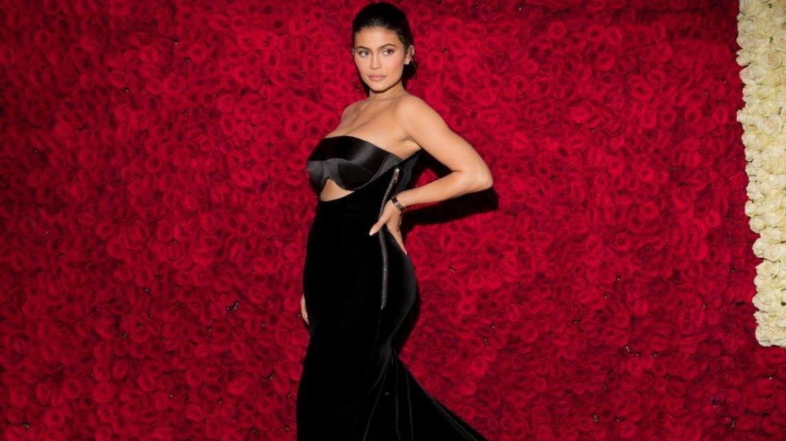 Kylie Jenner se convierte en la multimillonaria más joven de la historia