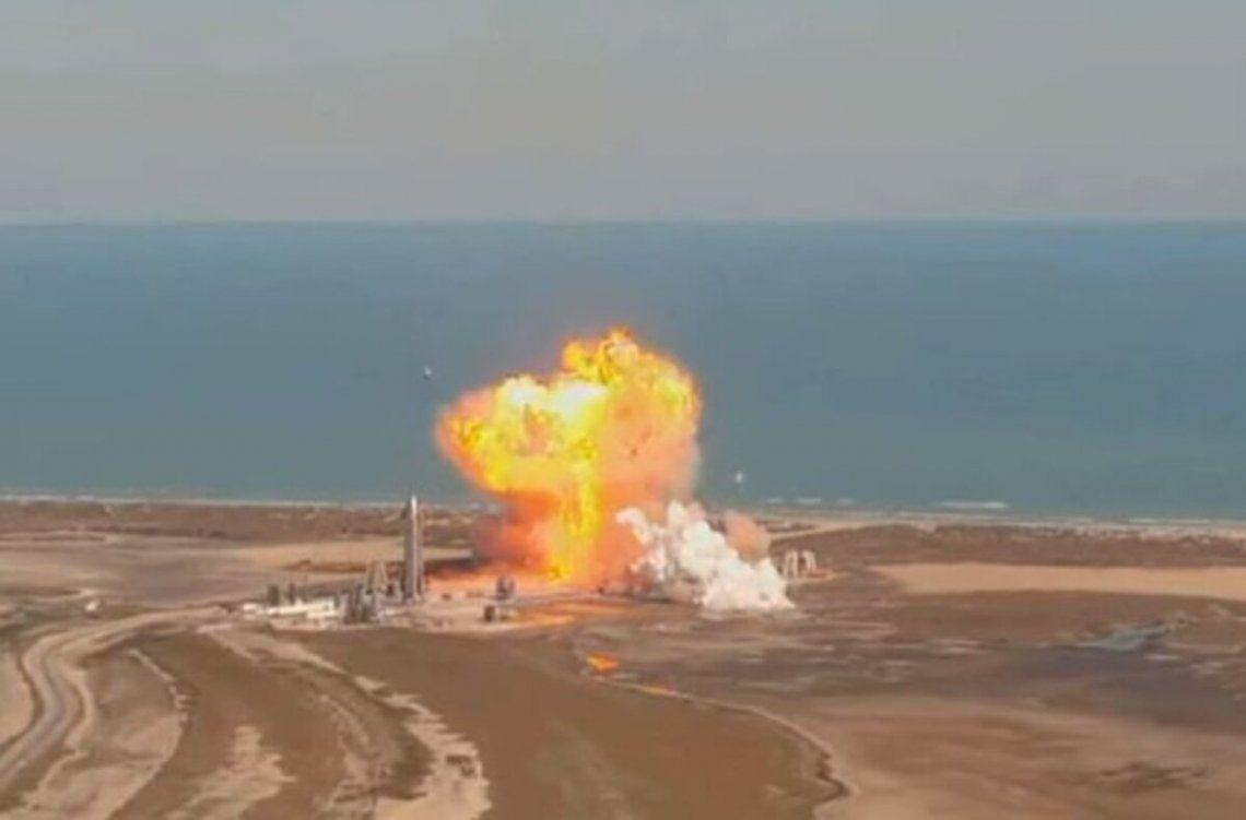 Explotó el nuevo prototipo de cohete de SpaceX durante el aterrizaje