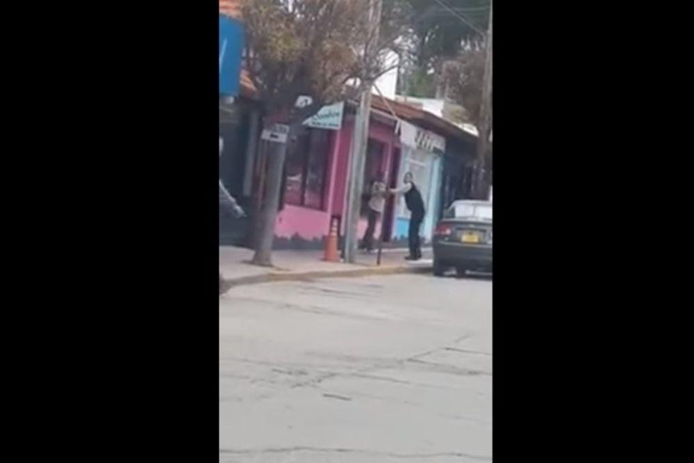 Chofer detuvo a un hombre acusado de manosear a una adolescente