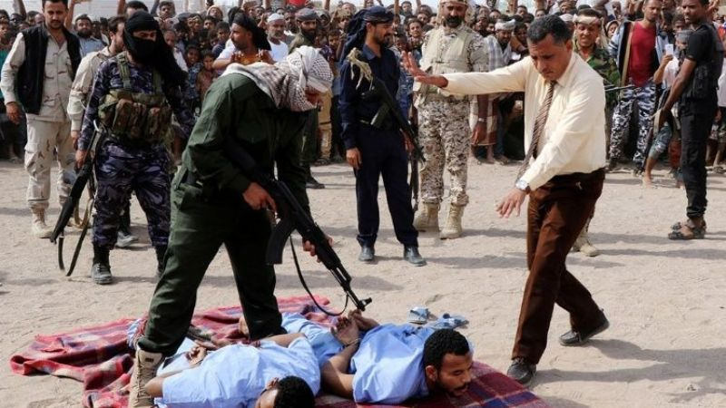 Los ejecutaron en público por violar y asesinar a un niño