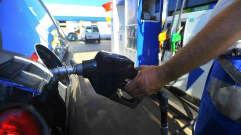 El congelamiento del precio de combustibles, en veremos