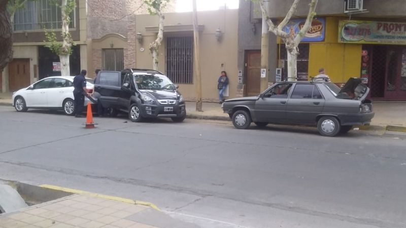 No respetó el 'PARE' y provocó un espectacular accidente