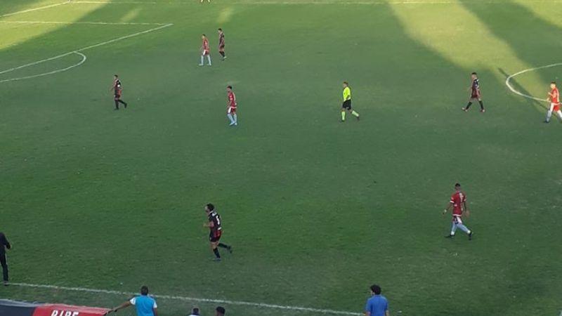 El León se devoró al Lechuzo y debutó con goleada