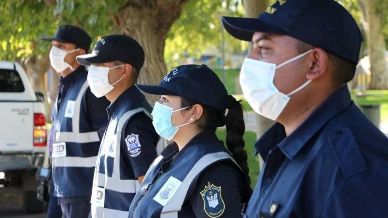 Un nuevo policía infectado y sus contactos estrechos aislados